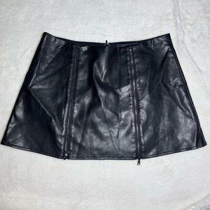 BCBGMaxazria Faux Leather Mini Skirt  Sz M